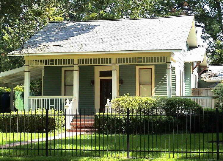 A typical older Houston bungalow. (Image: Wikimedia Commons)